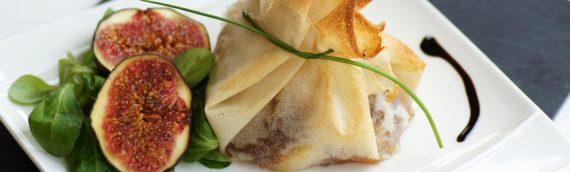Aumônières au fromage de brebis et chutney figue